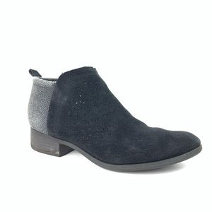 Toms ankle booties black suede women's 7.5
